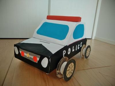 ティッシュの空き箱2つでパトカーを作る~空き箱で車 第9弾~