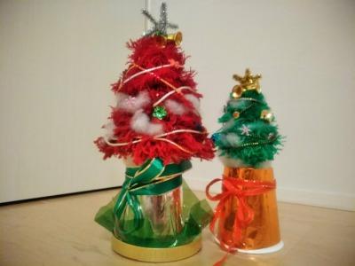 毛糸でクリスマスツリーの作り方~編まないで簡単に作る方法~